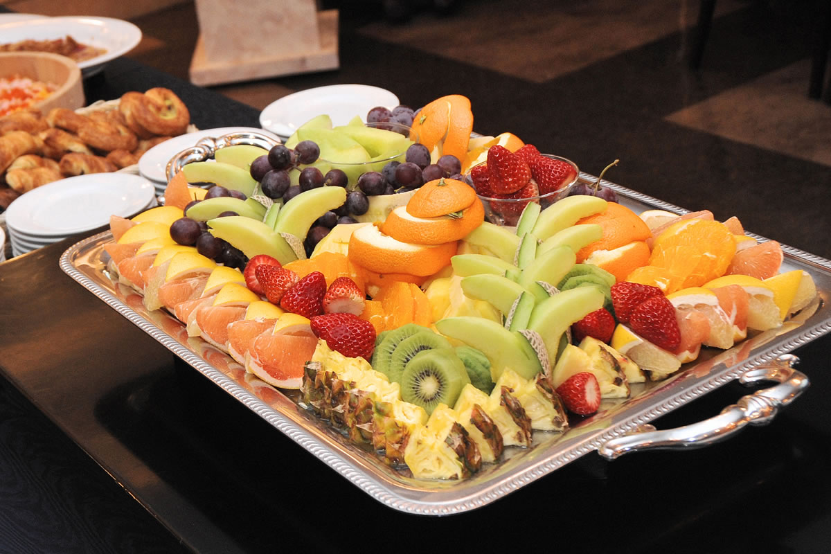 catering fruit-platter